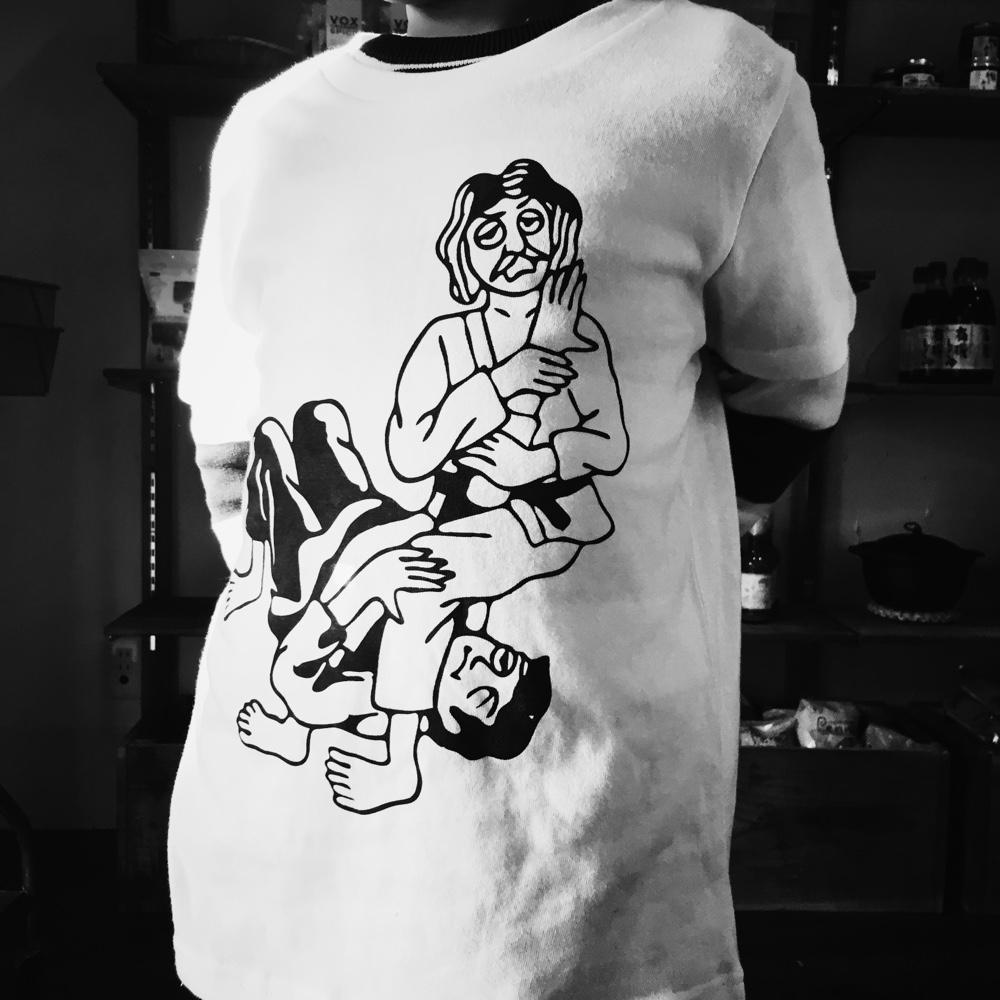 バッファローTシャツ
